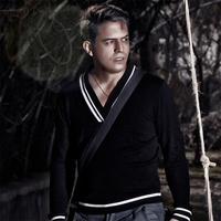 Farzad Faroomand - 'Azat Chi Bekham'