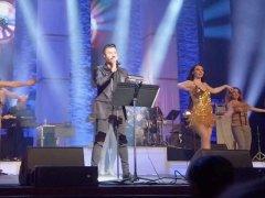 Jamshid - Hala Dige Dir Shode (Live)