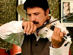 Bijan Mortazavi - Moosighio Man